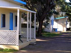 Kingscote Nepean Bay Tourist Park And Parade Units - Accommodation Gladstone