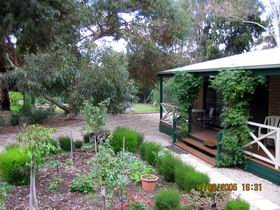Barossa Country Cottages - Accommodation Gladstone