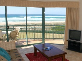 Currumbin Sands Holiday Apartments - Accommodation Gladstone