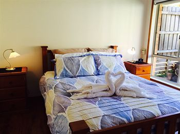 Australian Home Away  East Doncaster Andersons Creek 1 - Accommodation Gladstone