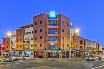 Quality Suites Boulevard On Beaumont - Accommodation Gladstone