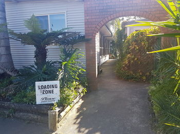 Bentley Waterfront Motel amp Cottages - Accommodation Gladstone