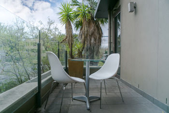 Comfy Kew Apartments - Accommodation Gladstone