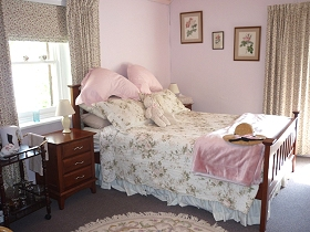 Old Colony Inn Bed and Breakfast  Accommodation - Accommodation Gladstone