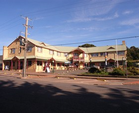 Parer's King Island Hotel - Accommodation Gladstone