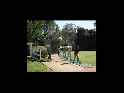 Golfers Resort and Glenn McCully Golf Schools - Accommodation Gladstone