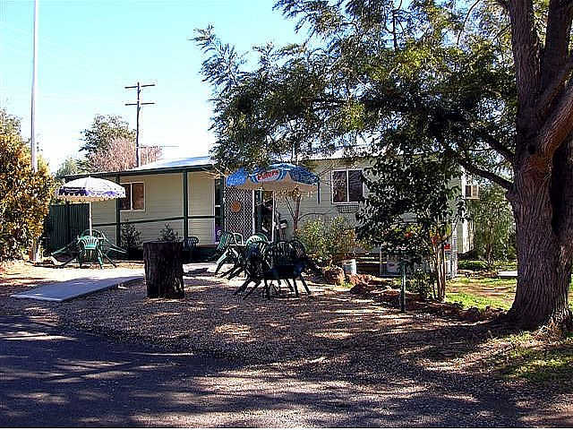 Manilla River Gums Caravan Park - Accommodation Gladstone