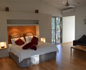 Hidden Valley Forest Retreat - Accommodation Gladstone