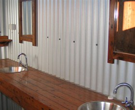 Daly River Barra Resort - Accommodation Gladstone