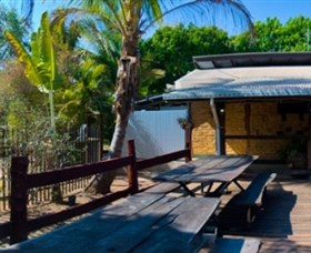 Lazy Lizard Caravan Park - Accommodation Gladstone
