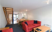 Avoca Beach Hotel and Resort - Accommodation Gladstone