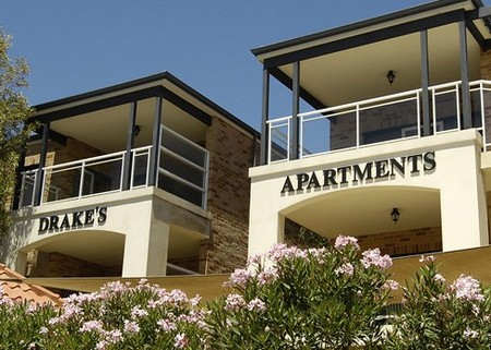 Drakes Apartments with Cars - Accommodation Gladstone