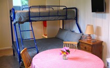 Cedar Grove Farmstay - - Accommodation Gladstone