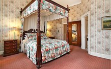 The Old George and Dragon Guesthouse - - Accommodation Gladstone