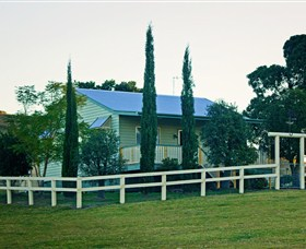 Milford Country Cottages - Accommodation Gladstone