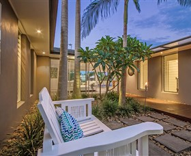 Malibu Shores At Vogue Holiday Homes - Accommodation Gladstone