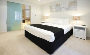 Manly Surfside Holiday Apartments - Accommodation Gladstone