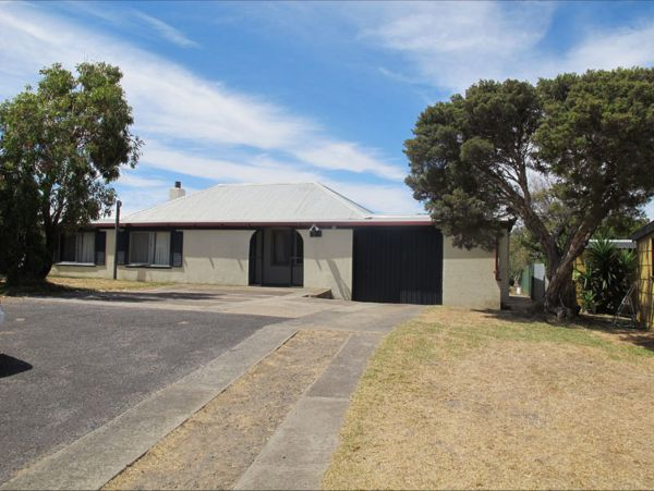 Carthew Street Holiday Home - Accommodation Gladstone