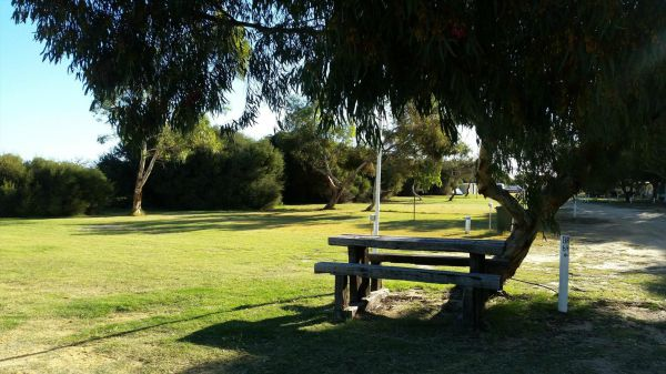 Batavia Coast Caravan Park - Accommodation Gladstone