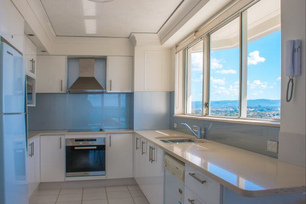 Cashelmara Burleigh Beachfront Apartments - Accommodation Gladstone