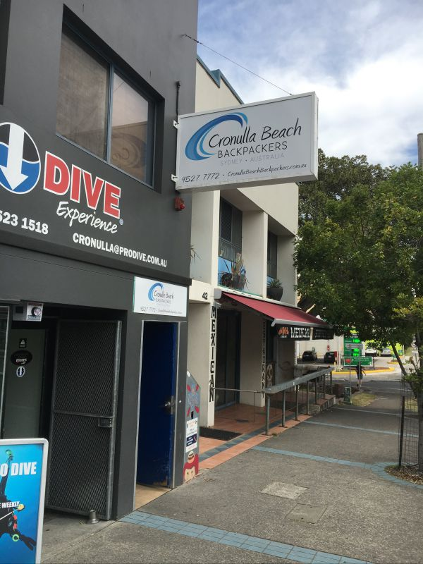 Cronulla Beach Backpackers - Accommodation Gladstone