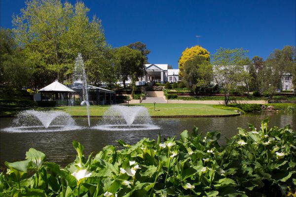Crowne Plaza Hawkesbury Valley - Accommodation Gladstone