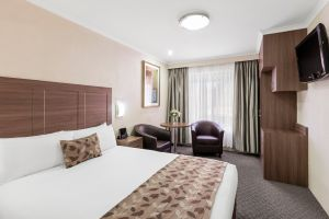 Garden City Hotel BW Signature Collection - Accommodation Gladstone