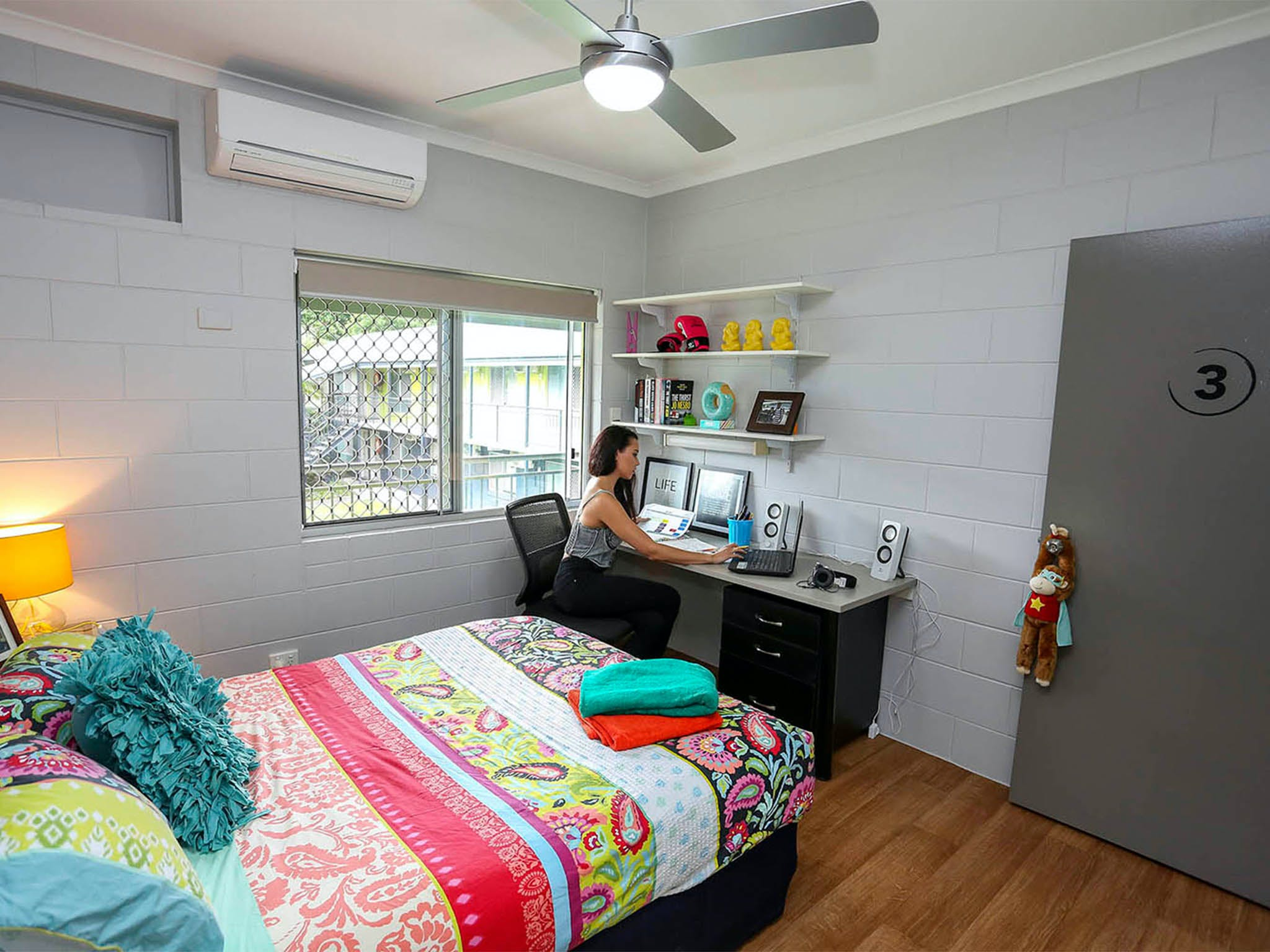 Cairns Student Lodge - Accommodation Gladstone