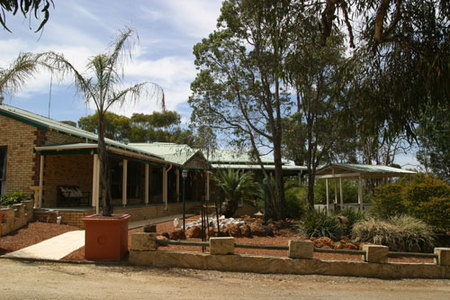 Black Wattle Retreat Bed  Breakfast - Accommodation Gladstone