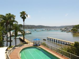 Metro Mirage Hotel Newport - Accommodation Gladstone