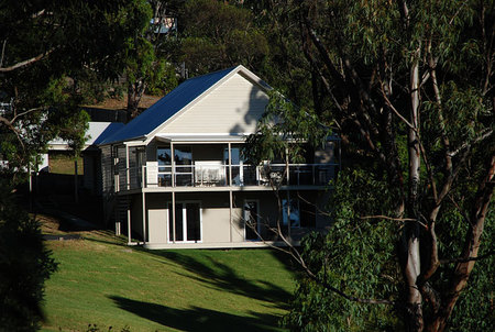 McMillans Of Metung Coastal Resort - Accommodation Gladstone