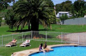 Swan Hill Holiday Park - Accommodation Gladstone