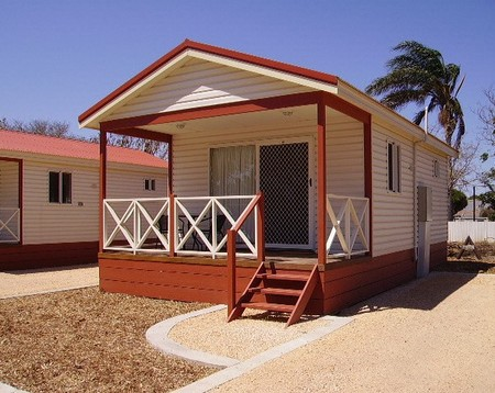 Outback Oasis Caravan Park - Accommodation Gladstone