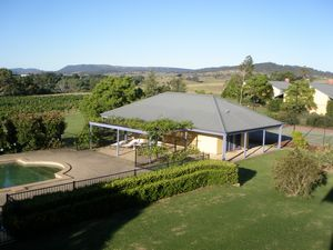 Tranquil Vale Vineyard - Accommodation Gladstone