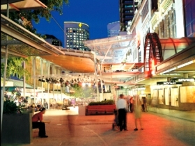 Queen Street Mall - Accommodation Gladstone