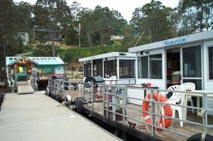 Clyde River Houseboats - Accommodation Gladstone