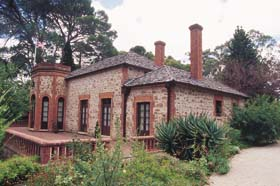 Old Government House - Accommodation Gladstone