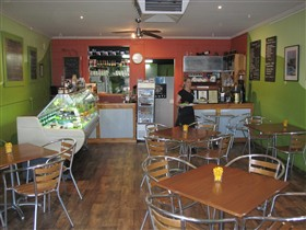Cafe Lime and Gourmet Foodstore - Accommodation Gladstone