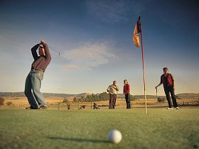 Ratho Farm  Golf - Accommodation Gladstone