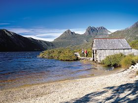 Dove Lake Circuit - Accommodation Gladstone