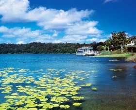Lake Barrine Crater Lakes National Park - Accommodation Gladstone