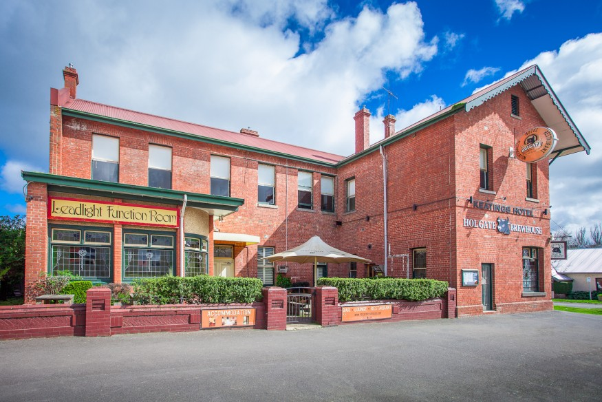 Holgate Brewhouse at Keatings Hotel - Accommodation Gladstone