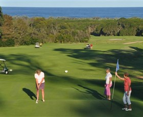 Tura Beach Country Club - Accommodation Gladstone