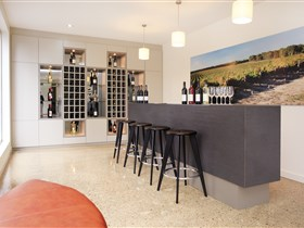 Tidswell Wines Cellar Door - Accommodation Gladstone