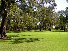 Virgara Wines - Accommodation Gladstone