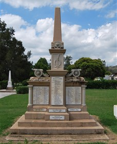 Boer War Memorial and Park Allora - Accommodation Gladstone
