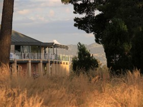 Glenelg Golf Club and Pinehill Bistro - Accommodation Gladstone