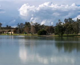 Gum Bend Lake - Accommodation Gladstone