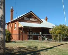 Whitton Courthouse and Historical Museum - Accommodation Gladstone