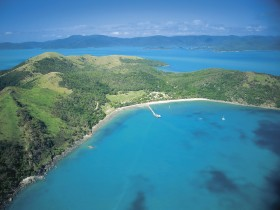 Molle Islands National Park - Accommodation Gladstone